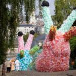 Парад гиганских улиток во французском городке