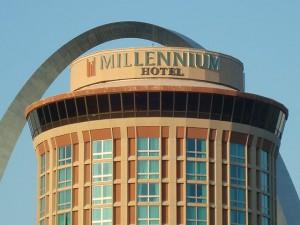 Самая большая гостиница Сент-Луиса закрывается